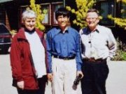 Principal Alison Rosanowski welcomes Rewi Alley Scholar Peng Dongjun and National President Bill Willmott to Darfield High School, sister school of the Shandan Bailie School, 5 November 2000.