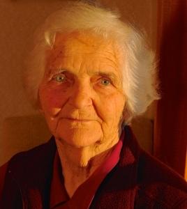 Isobel Thompson portrait 2014