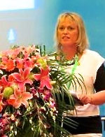Suzanne Billington speaking at the Friendship Forum, Guiyang, 2014.  Suzanne is a member of Tauranga branch