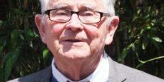 Bill Willmott receives 'Gung Ho' award