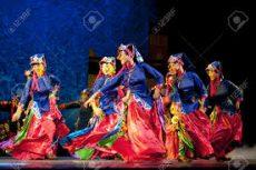 Qiang dancers